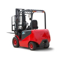 16_6-electric-forklift_01